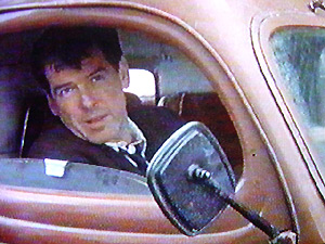 Pierce Brosnan on board his E83W in Evelyn